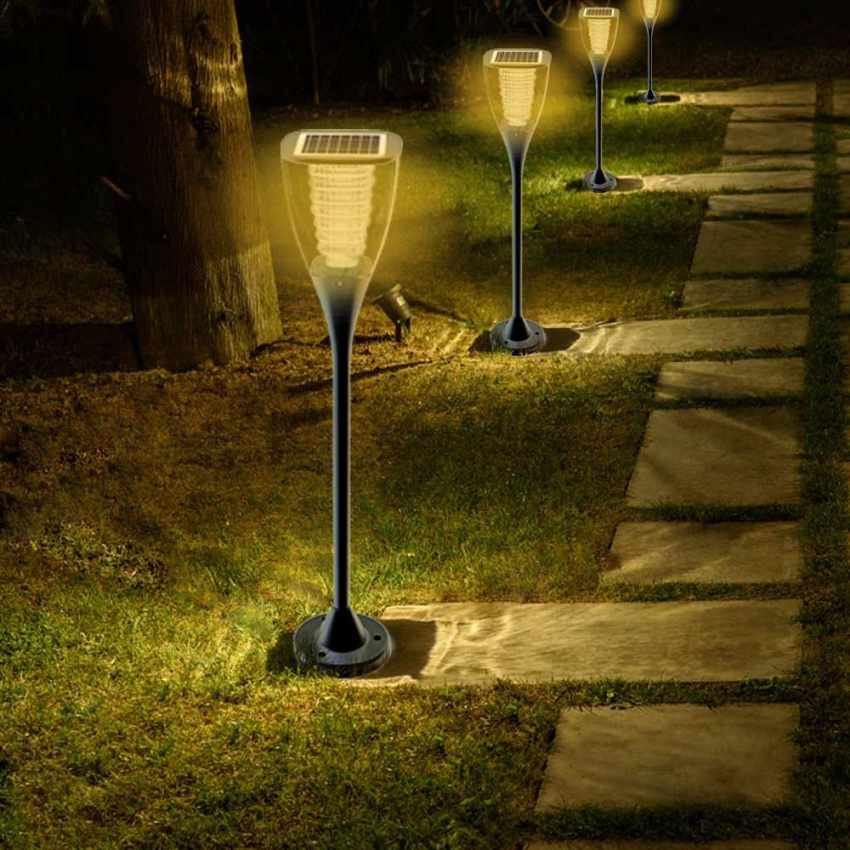 gartenlampe solarlampe led solarleuchte au enbereich garten villa. Black Bedroom Furniture Sets. Home Design Ideas