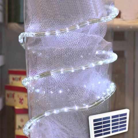 led weihnachtsbeleuchtung mit solarenergie. Black Bedroom Furniture Sets. Home Design Ideas